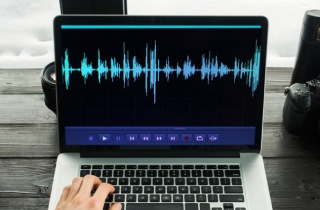 Top 10 Voice and Music Recording Software (Free & Paid)